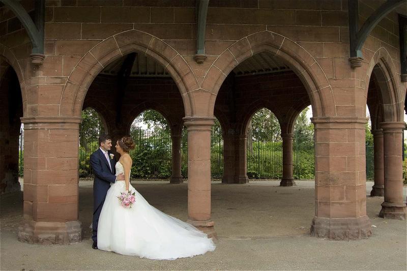 isla-gladstone-conservatory-wedding-00018