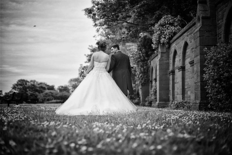 isla-gladstone-conservatory-wedding-00020