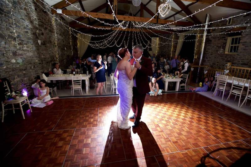 wedding day first dance